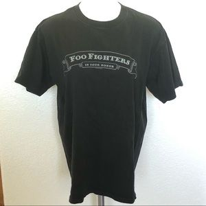 Foo Fighters black graphic 2005 concert tee sz. L